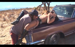 Picked-up slut Alexis Silver gets nicely analyzed in the desert
